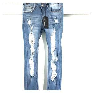 FASHION NOVA Destressed Skinny Jeans Size 3